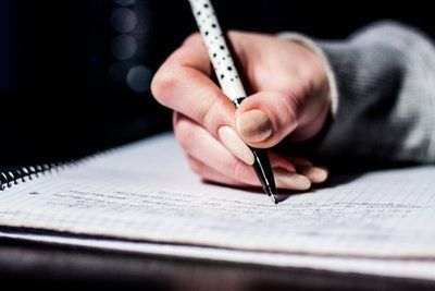 Usare un correttore grammaticale professionale online è un modo intelligente per correggere un testo velocemente e su internet.